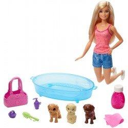 Barbie Familia Cuidado de Cachorritos