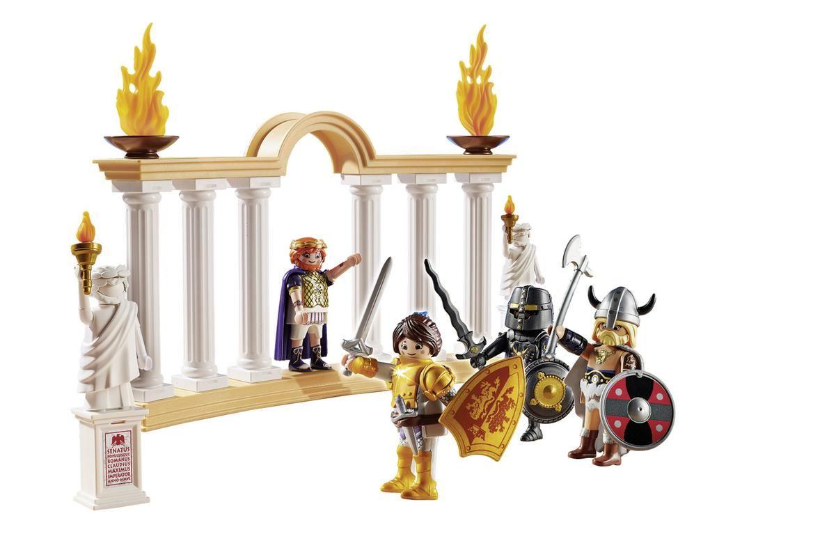 EMPERADOR MAXIMUS EN COLISEO