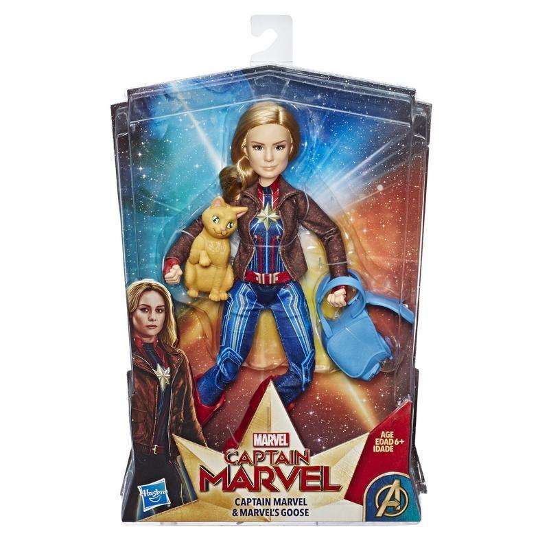 Marvel E4944 Figura Capitán 11.5 Pulgadas