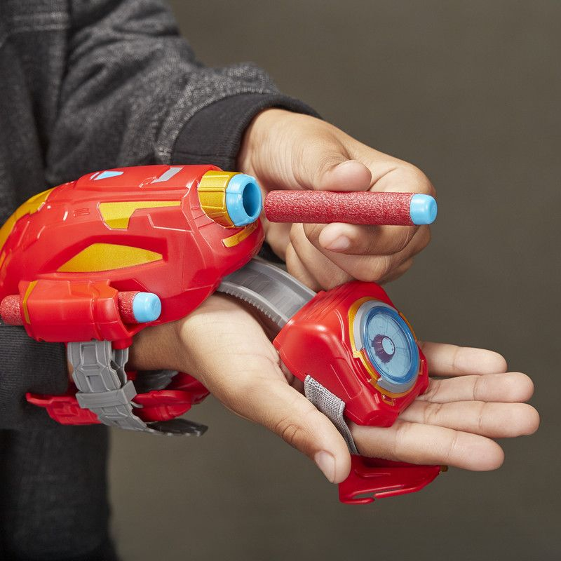 Marvel E7376 Marvel Avengers Power Moves Lanzador Rayo Repulsor de Iron Man Juguete Hasbro